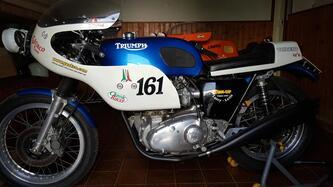 Triumph Trident epoca