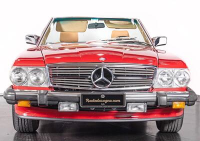 Mercedes-Benz SL 560  epoca