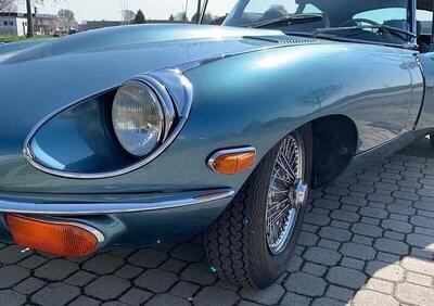 Jaguar E-Type seconda serie 2+2